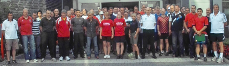 Teilnehmer und Referenten des Jugendtrainer Kongresses 2009