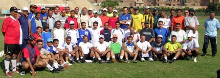 Peter Schreiner mit den Teilnehmer des Seminars 2006 in Kairo