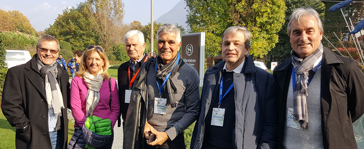 v.l. Jürgen und Bärbel Zinsmeister (Tactifol), Lutz Hangartner (Präsident BDFL), Frank Engel (DFB), Gerd Thissen (BDFL Delegierter), Peter Schreiner (IFJ96/ESS)