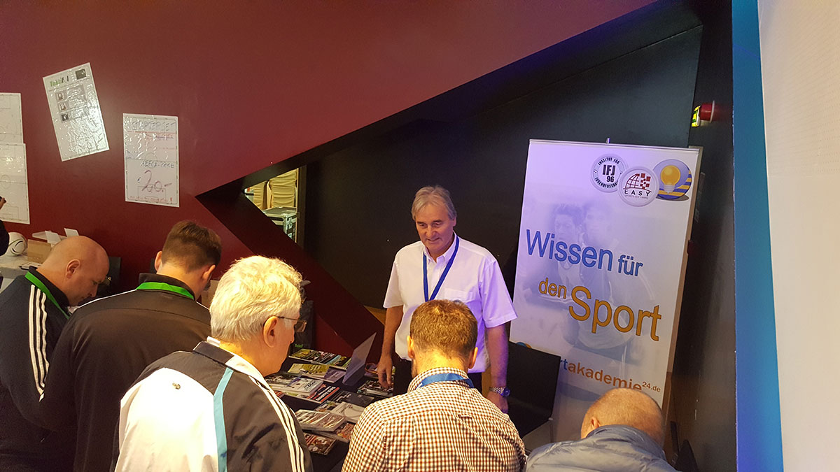 Coaches and Delegates from more than 50 countries got information at the booth of Institut für Jugendfußball und easy Sports-Graphics.